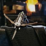 いつもの鍛冶職人、今度は『アサシンクリード』の「ファントムブレード」を製作
