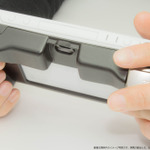 新型PS Vita向け「L2/R2ボタン」搭載グリップカバーが4月下旬に登場