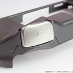 新型PS Vita向け「L2/R2ボタン」搭載グリップカバーが4月下旬に登場の画像