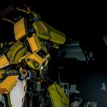 日米巨大ロボ対決が実現!?クラタス VS メガボットMk-2…決戦は1年後の画像