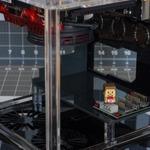 海外ゲーマーが『マインクラフト』特製PCを制作!レッドストーン鉱石を模したこだわり逸品の画像