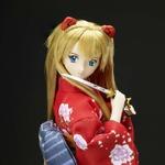 「ヱヴァと日本刀展」アスカが和ドールに、刀を使った様々なポージングを楽しめる