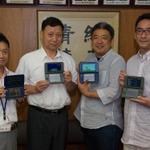 (左から)泉尾高校情報授業担当・大見真一先生、中村泰孝校長、スマイルブーム小林貴樹代表取締役、徳留和人取締役の画像