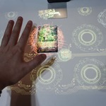 【TGS2015】この近未来感は熱いぞ…TCG『ヴァンガード』をプロジェクションマッピングで遊んでみたの画像