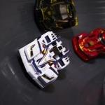 バンダイから次世代レーシング玩具「ゲキドライヴ」登場…簡単カスタマイズ&フリーレーンコースが特徴