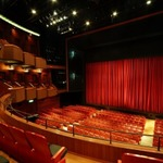 「天王洲 銀河劇場」が「代アニ劇場」へ、代々木アニメーション学院が2.5次元に進出