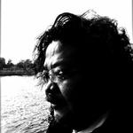 """【インタビュー】「クーロンズ・ゲート コンサート2016」5月22日開催!新曲を""""ライブで生み出す""""はい島邦明に意気込みを尋ねるの画像"""